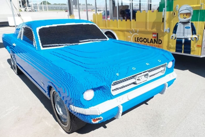 LEGO : Ford Mustang 1964